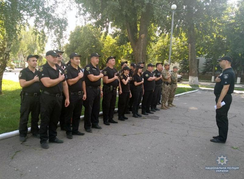 Поліція Добропілля готова забезпечити безпеку мешканців протягом вихідних, фото-3