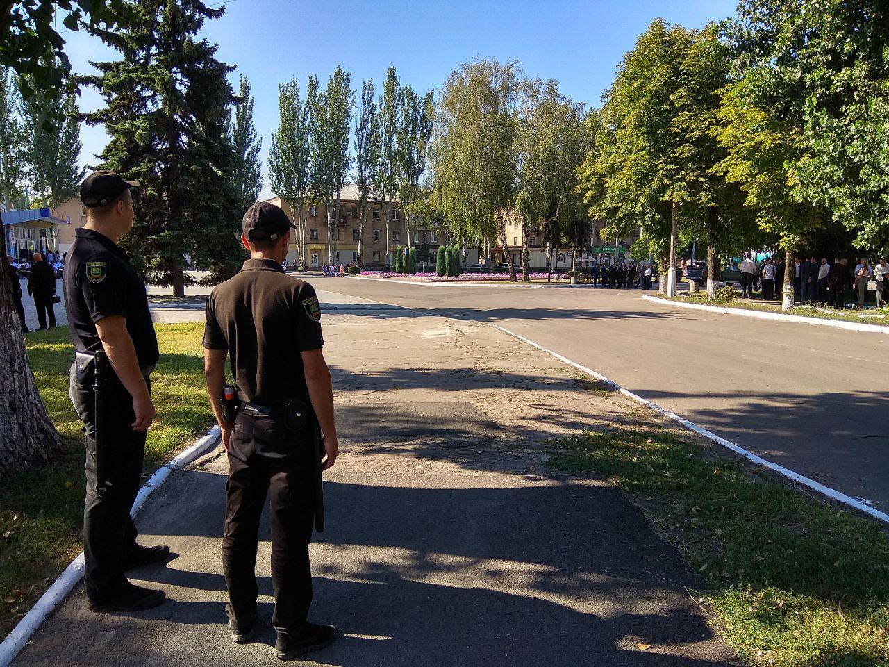 Особовий склад Покровського відділу поліції переведено на посилений варіант несення служби, фото-1