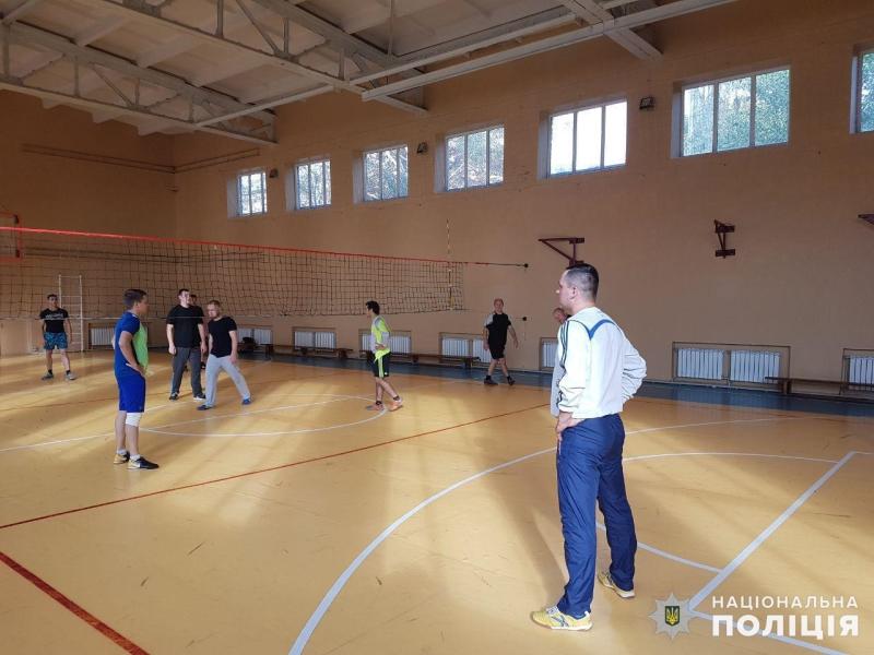 Команда покровських правоохоронців перемогла своїх колег у першому відбірковому етапі з волейболу, фото-2