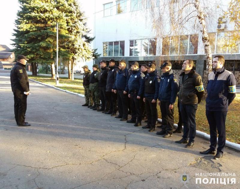 На выходных безопасность граждан под надежной защитой сотрудников полиции Покровска и Мирнограда, фото-1