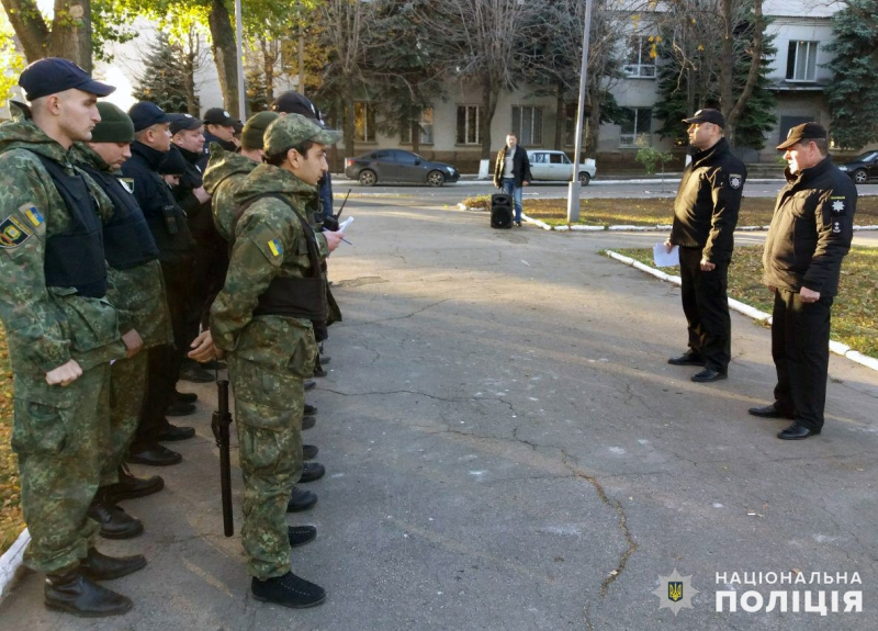 На выходных безопасность граждан под надежной защитой сотрудников полиции Покровска и Мирнограда, фото-2