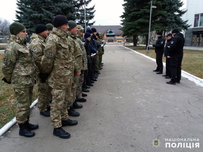 Вихідні у безпеці: на вулиці Покровська та Мирнограда вийшли посилені наряди правоохоронців, фото-2