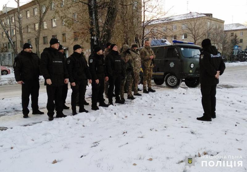 На вихідних безпека покровчан та мирноградчан під надійним захистом співробітників поліції, фото-4