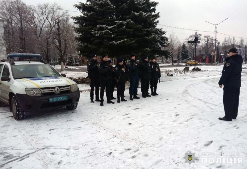 На вихідних правоохоронці Покровська та Мирнограда охоронятимуть спокій громадян, фото-7