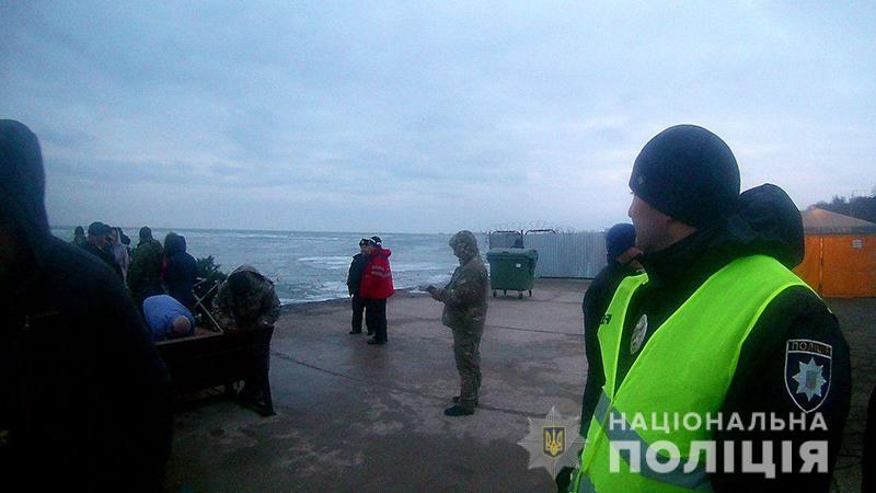 Водохреще проходить без надзвичайних подій: поліція забезпечує безпеку у місцях богослужінь, фото-10