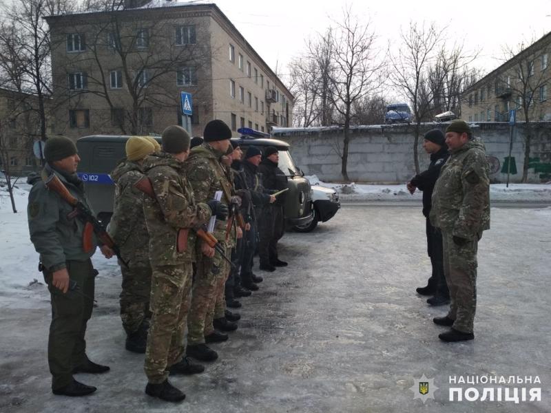 Посилені наряди поліції Покровська та Мирнограда приступили до забезпечення правопорядку у вихідні, фото-6