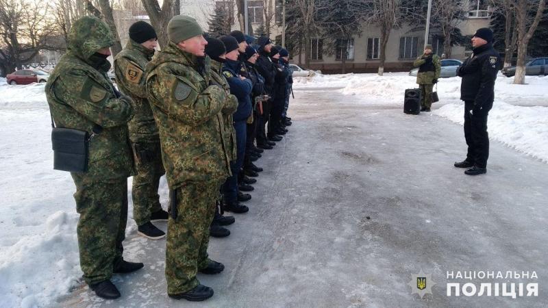 Посилені наряди поліції Покровська та Мирнограда приступили до забезпечення правопорядку у вихідні, фото-1
