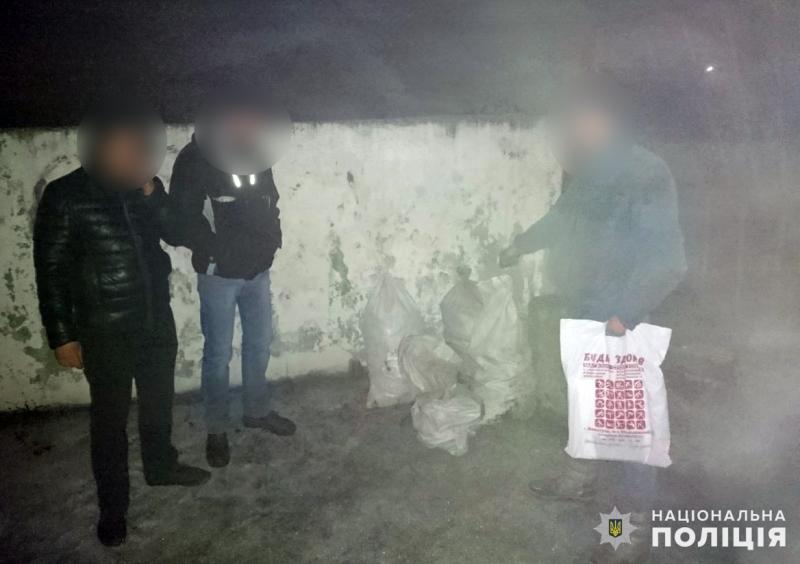 Поліція Покровська затримала двох викрадачів вугілля та коксу, фото-1