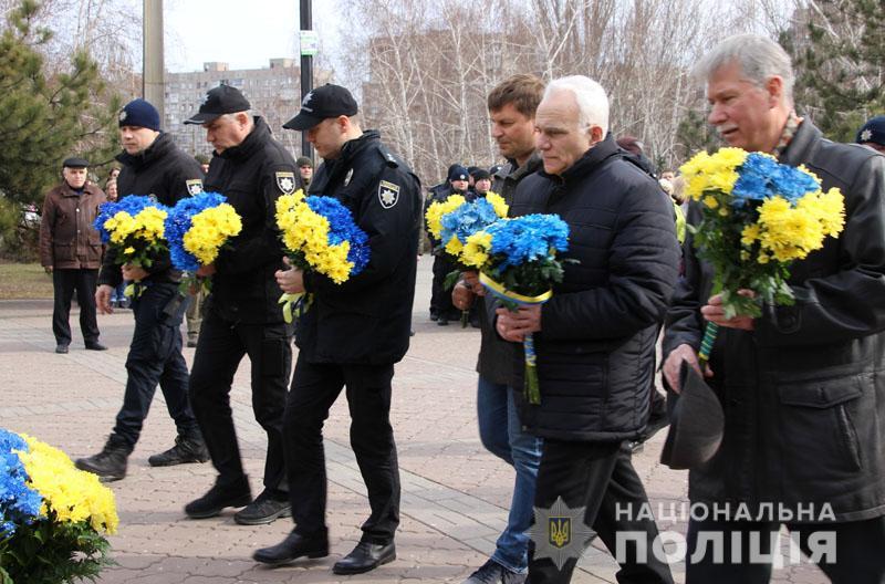 Поліція Донеччини долучилася до міжнародного флешмобу «Великий Шевченко», фото-10