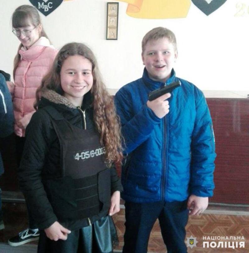 Добропільським школярам показали як працює поліція, фото-8