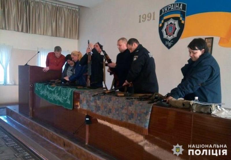 Минулого дня поліцейські Добропілля вдосконалювали навички поводження зі зброєю, фото-2