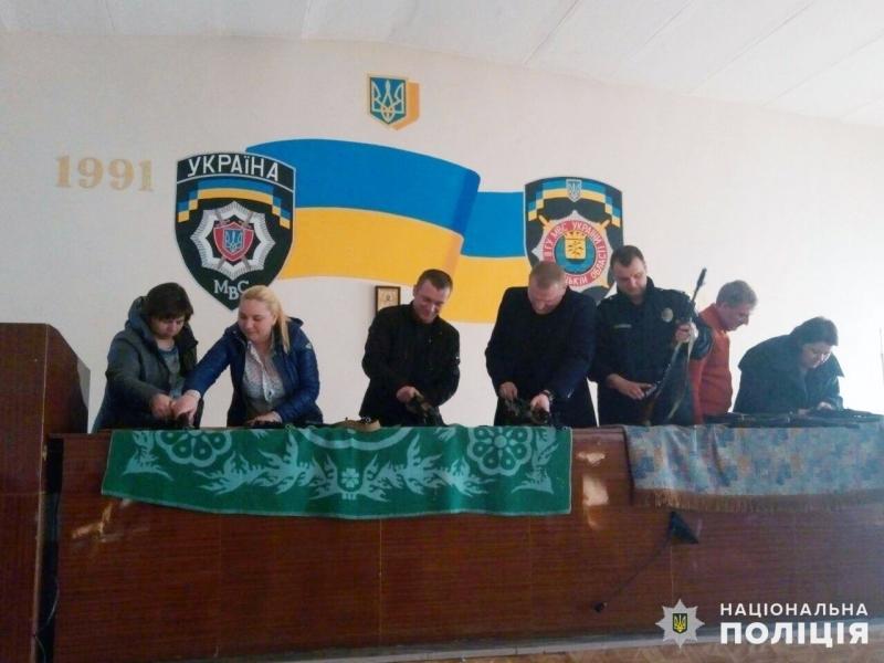 Минулого дня поліцейські Добропілля вдосконалювали навички поводження зі зброєю, фото-1