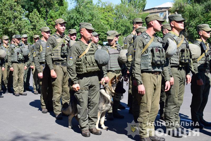 На Донеччині до охорони громадського порядку долучилися патрулі Національної гвардії, фото-3