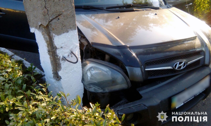 В Покровске двое подростков угнали Hyundai Tucson, разбили его и бросили на месте ДТП, фото-2