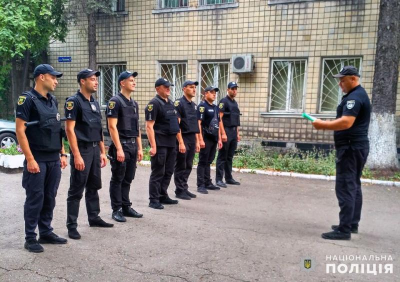 Правоохоронці Покровської оперативної зони заступили на патрулювання населених пунктів, фото-1