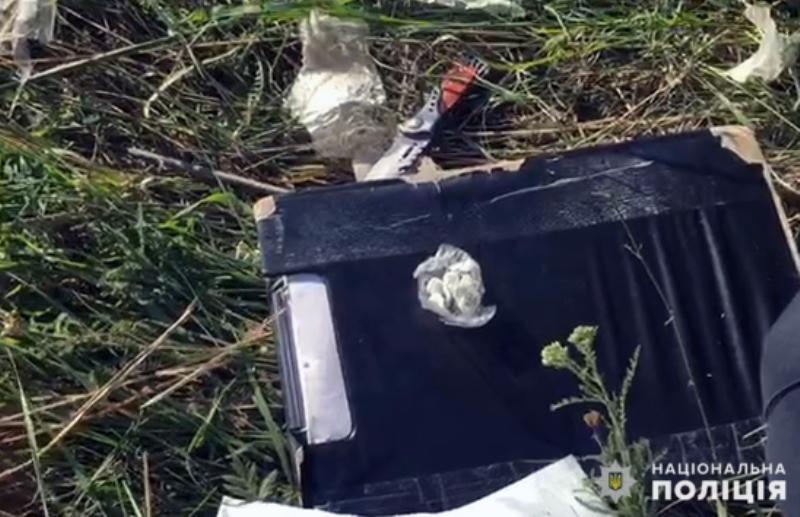 У Покровську поліцейські знайшли наркотики в автомобільній шині , фото-3