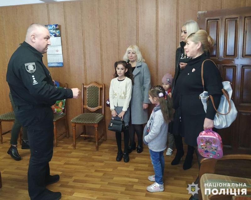Керівник поліції Покровська зустрівся з родинами загиблих правоохоронців, фото-2