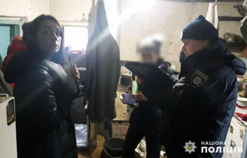 Покровські поліцейські перевірили підоблікові родини у Новоекономічному , фото-9